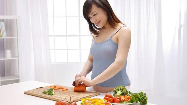 Dinh dưỡng cho mẹ mang thai quyết định sự phát triển của con