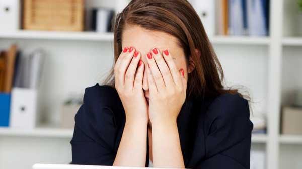 4 động tác đơn giản giảm mỏi mắt