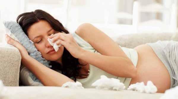 Đau mắt đỏ khi mang thai