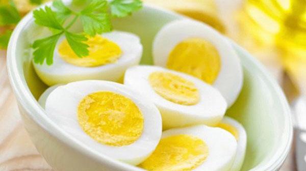 Ăn trứng gây mỡ máu cao: Đúng hay sai?